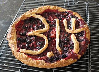 320px-pi_day_pie_281334624493429