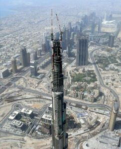 800px-burj_dubai_under_construction_on_8_may_2008_pict_2